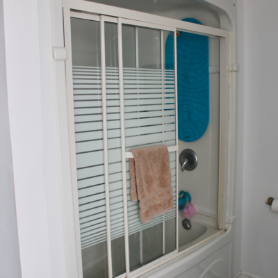 One Room Challenge Week 2 : Removing Glass Shower Doors