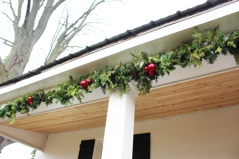 How To Create A Christmas Garland With Real Faux Greenery Life At Cloverhill