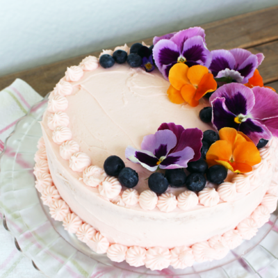 Edible Flowers: Decorating Cakes & Cupcakes